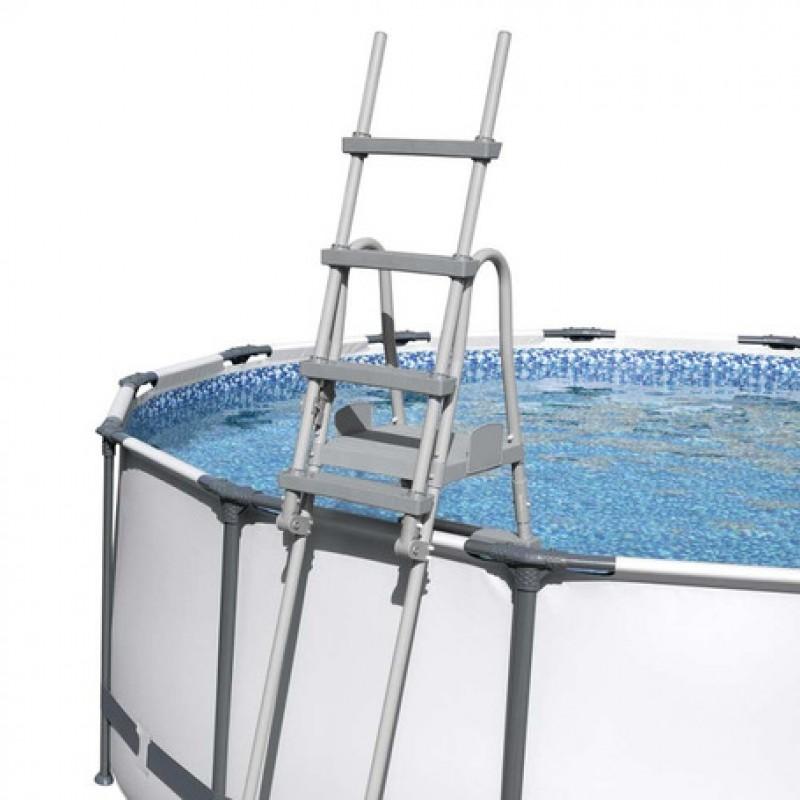 Escada de segurança Bestway na piscina
