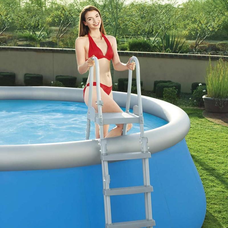 Escada de segurança para piscina desmontável